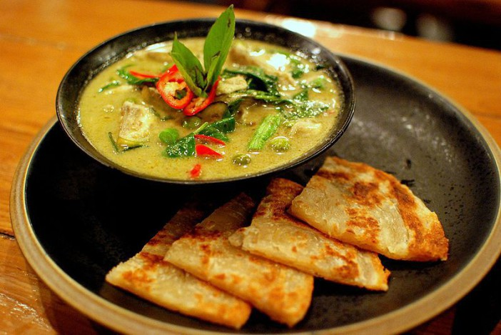 Plat typique Thai : Curry vert ou Green Curry.