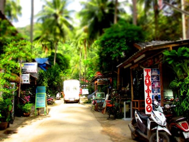 Rue proche de Lonely beach