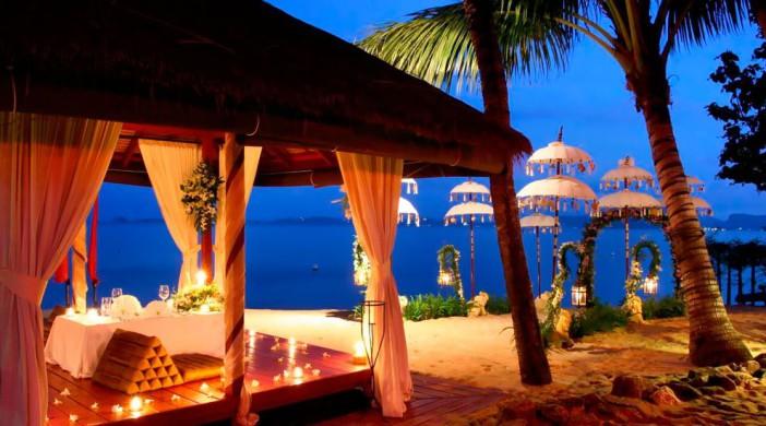 Diner sur la plage de Bophut à l'hôtel Zazen