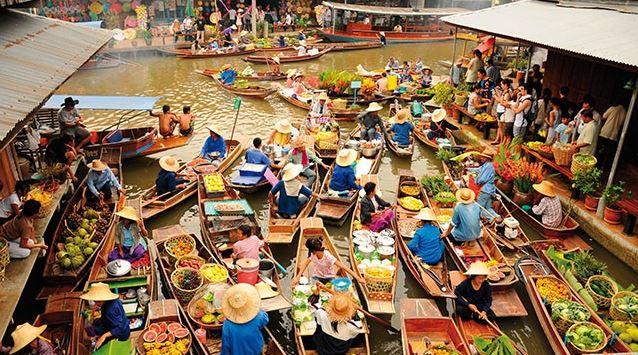 Le marché flottant à Bangkok