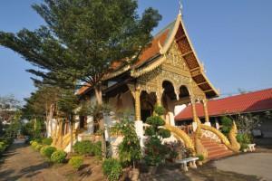 Le temple Chedi Luang à Chiang Mai