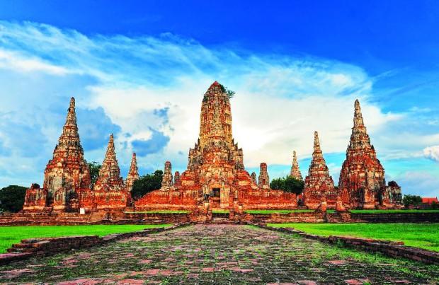 Le temple Wat Chai Watthanaram